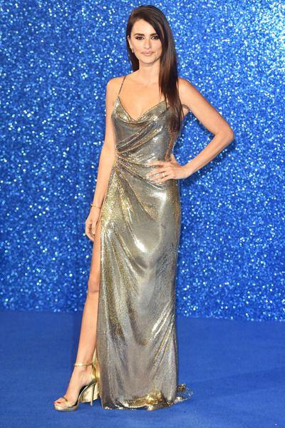 Зірки ввели моду на золоті та срібні сукні - Люкс FM f09120462a8f5