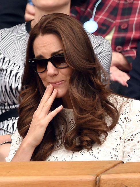 35 кумедних емоцій Кейт Міддлтон, які доводять, що вона не соромиться власних почуттів - фото 55621