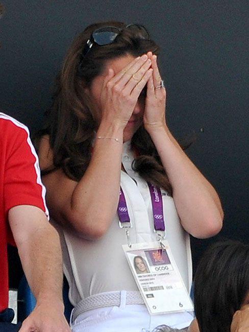 35 кумедних емоцій Кейт Міддлтон, які доводять, що вона не соромиться власних почуттів - фото 55632