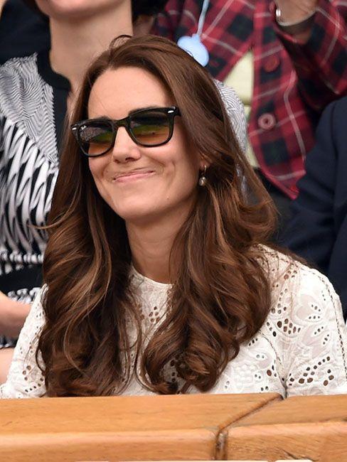 35 кумедних емоцій Кейт Міддлтон, які доводять, що вона не соромиться власних почуттів - фото 55643