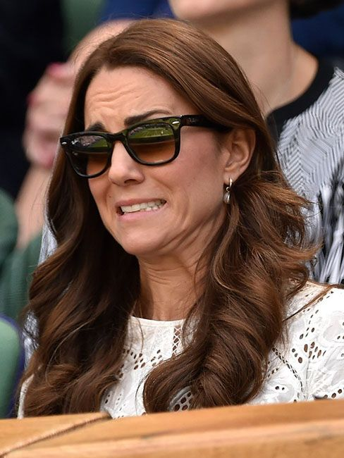 35 кумедних емоцій Кейт Міддлтон, які доводять, що вона не соромиться власних почуттів - фото 55623