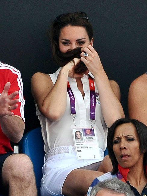 35 кумедних емоцій Кейт Міддлтон, які доводять, що вона не соромиться власних почуттів - фото 55635