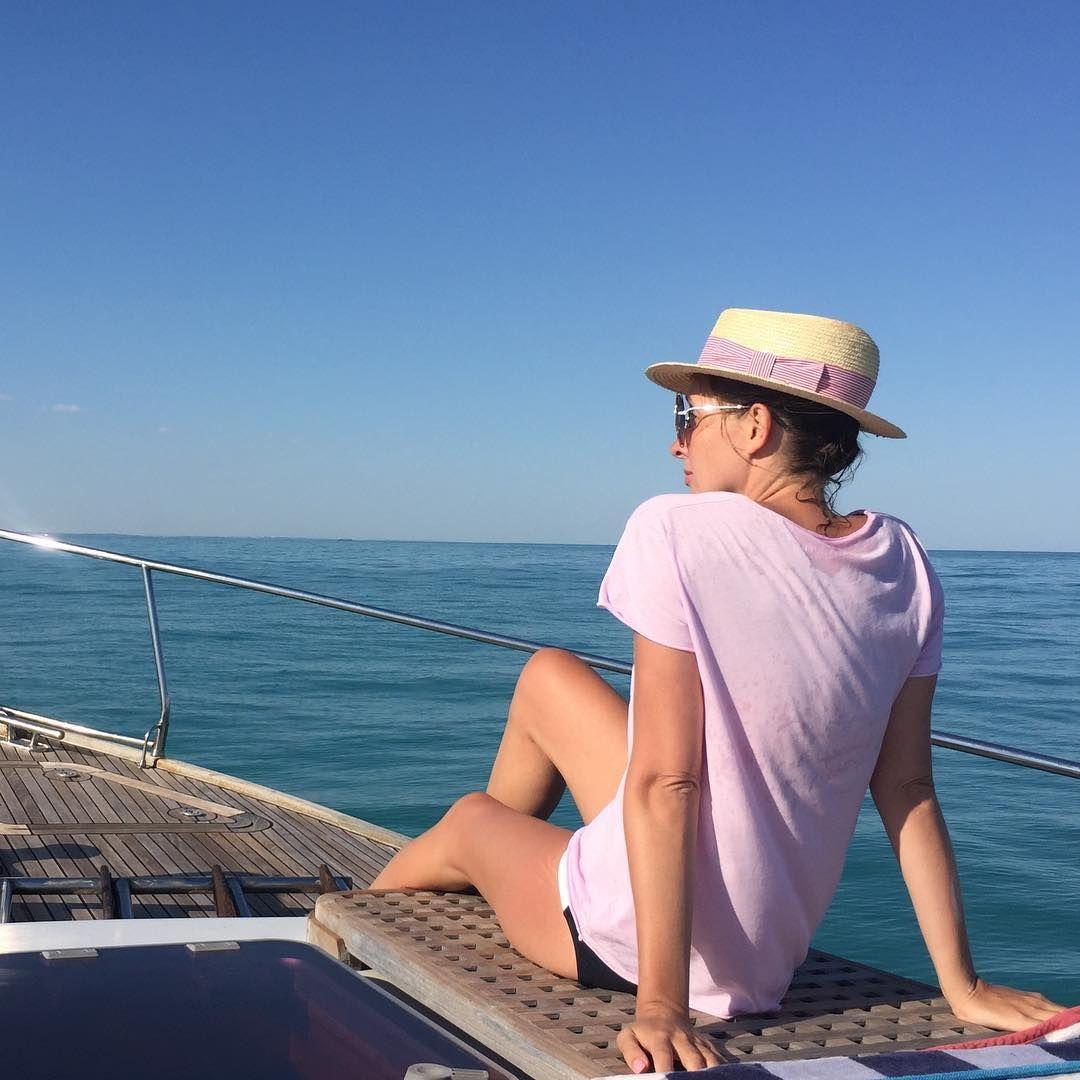 Одеські канікули: Катя Осадча хизується стрункою фігурою на відпочинку - фото 328290