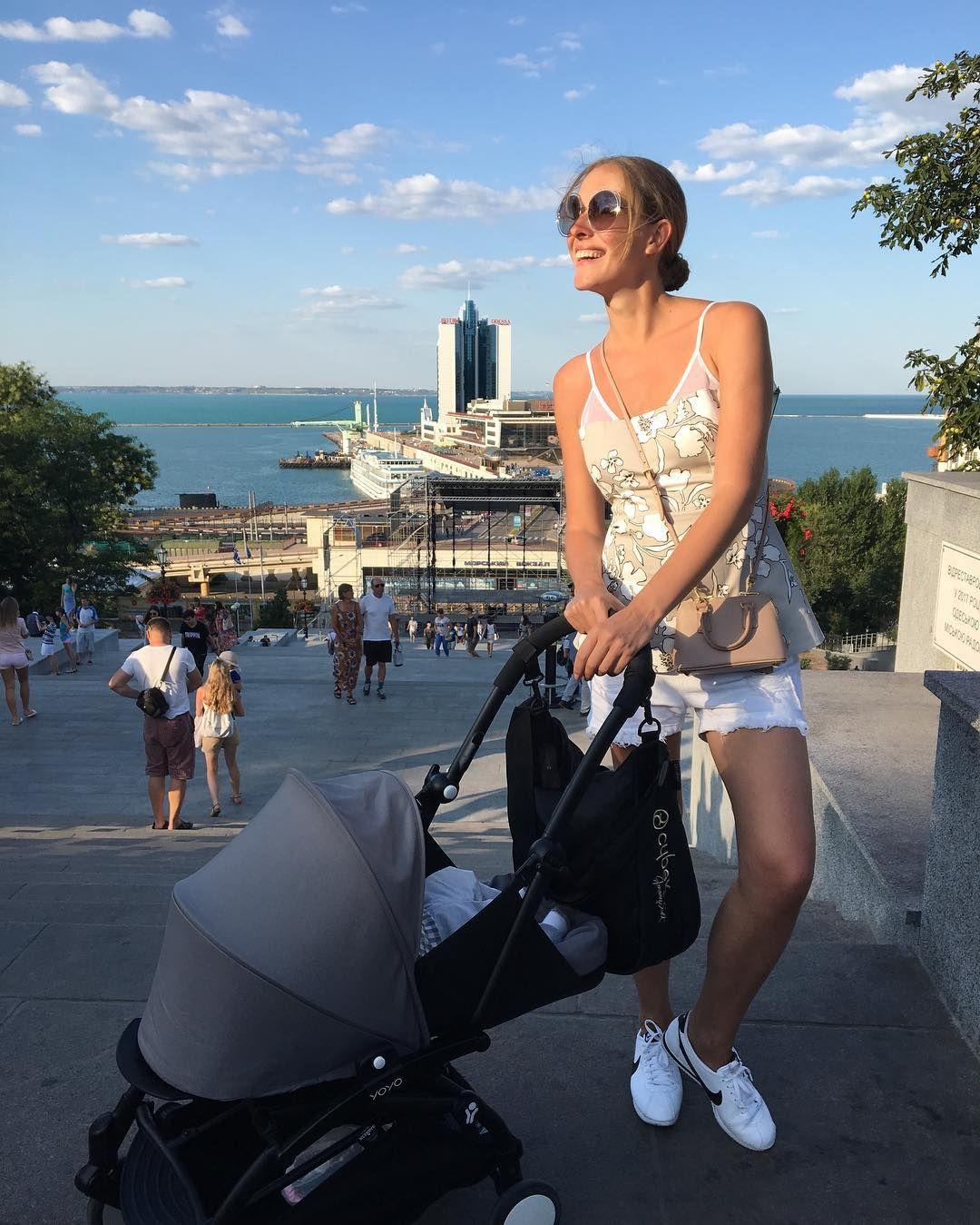 Одеські канікули: Катя Осадча хизується стрункою фігурою на відпочинку - фото 328294