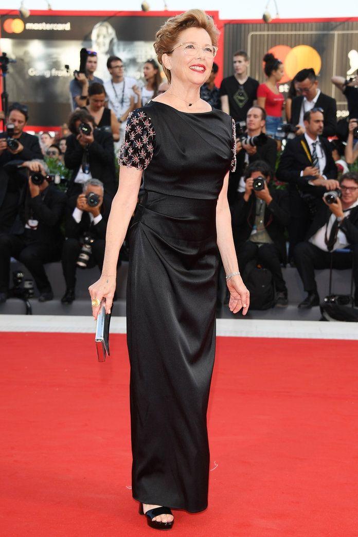 Розкішні сукні знаменитостей на відкритті Венеційського кінофестивалю-2017 - фото 336125