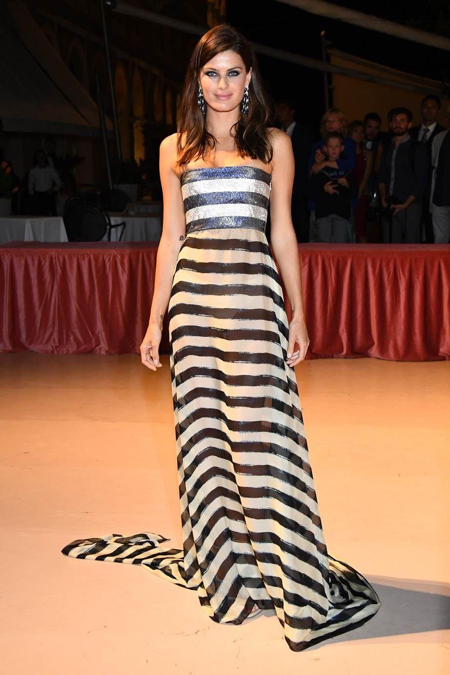 Розкішні сукні знаменитостей на відкритті Венеційського кінофестивалю-2017 - фото 336123