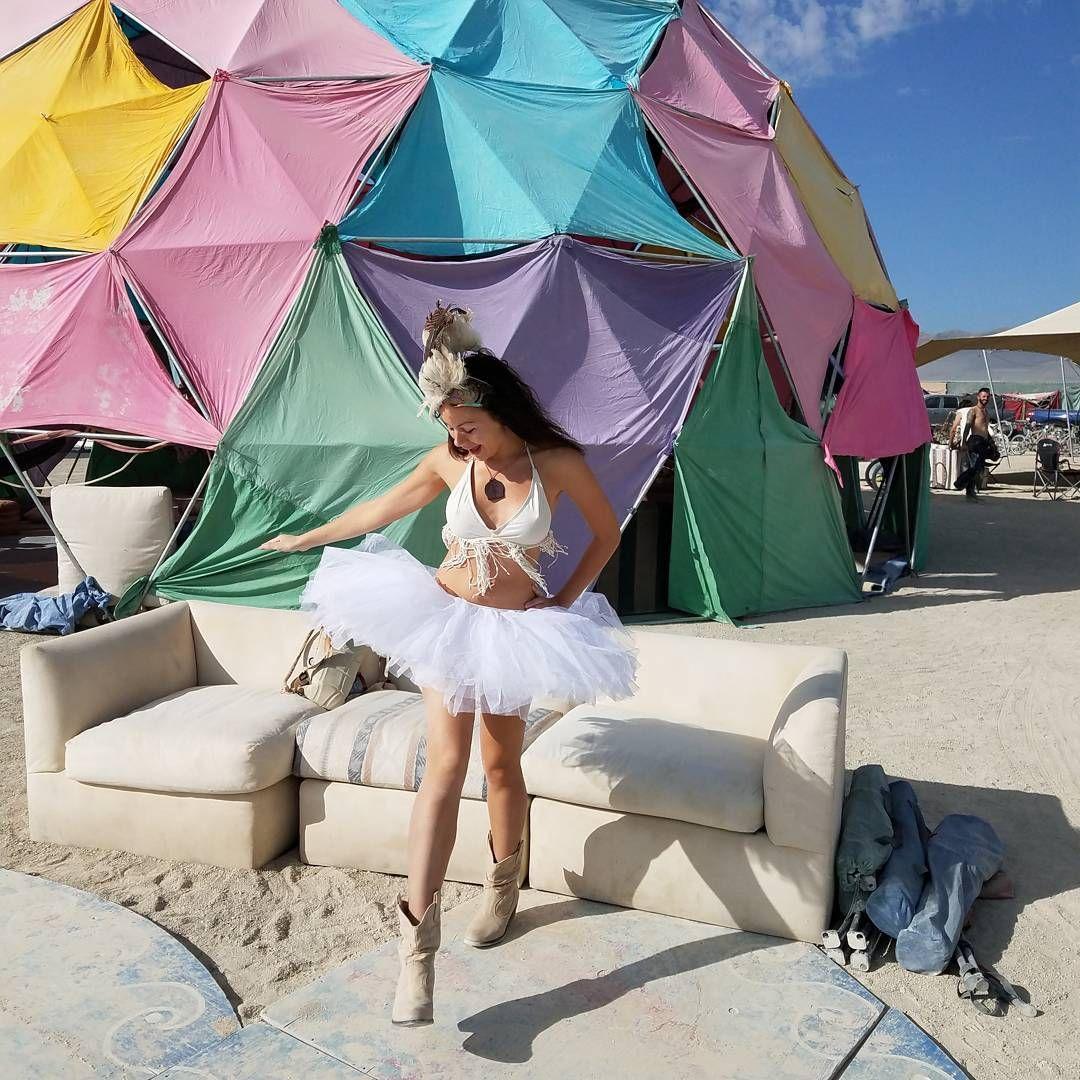 Пилюка, голі тіла та сучасне мистецтво: круті фото з фестивалю Burning Man 2017 - фото 336435
