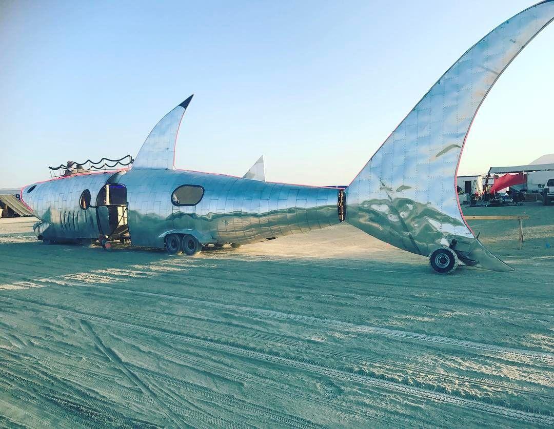 Пилюка, голі тіла та сучасне мистецтво: круті фото з фестивалю Burning Man 2017 - фото 336409