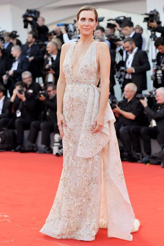 Розкішні сукні знаменитостей на відкритті Венеційського кінофестивалю-2017 - фото 336124
