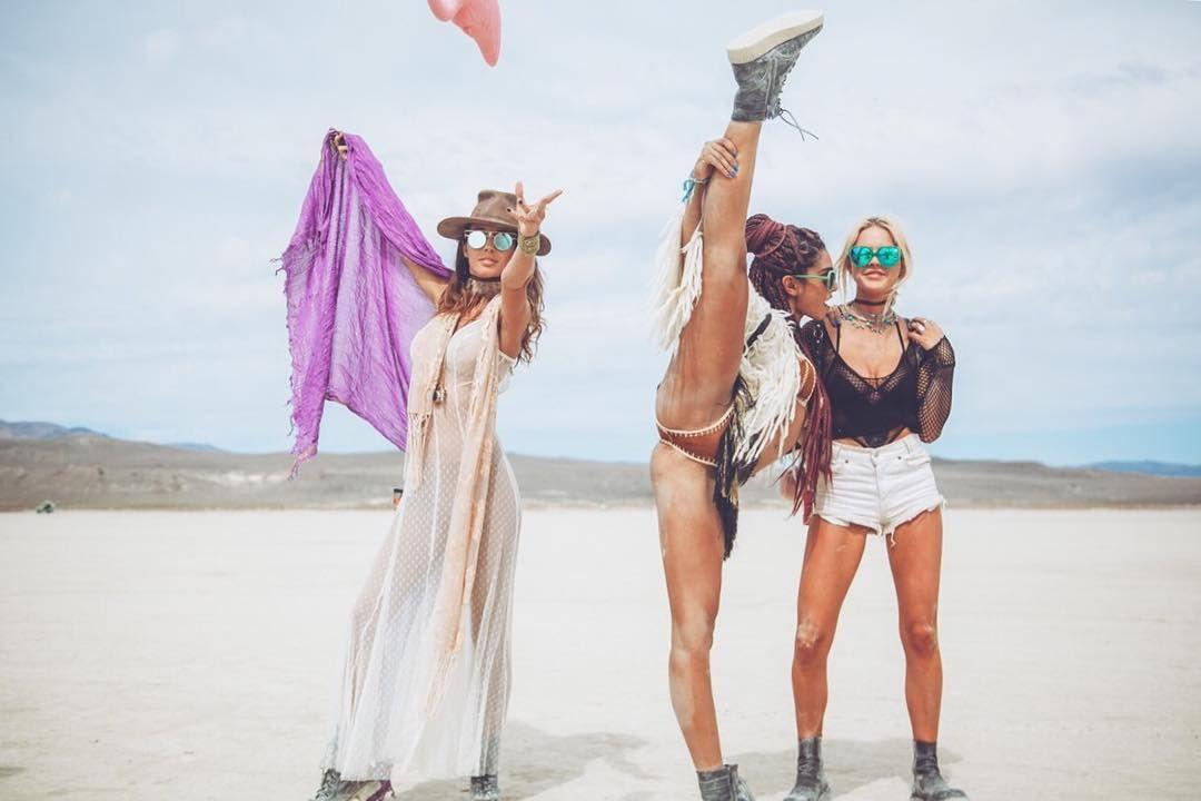 Пилюка, голі тіла та сучасне мистецтво: круті фото з фестивалю Burning Man 2017 - фото 336404