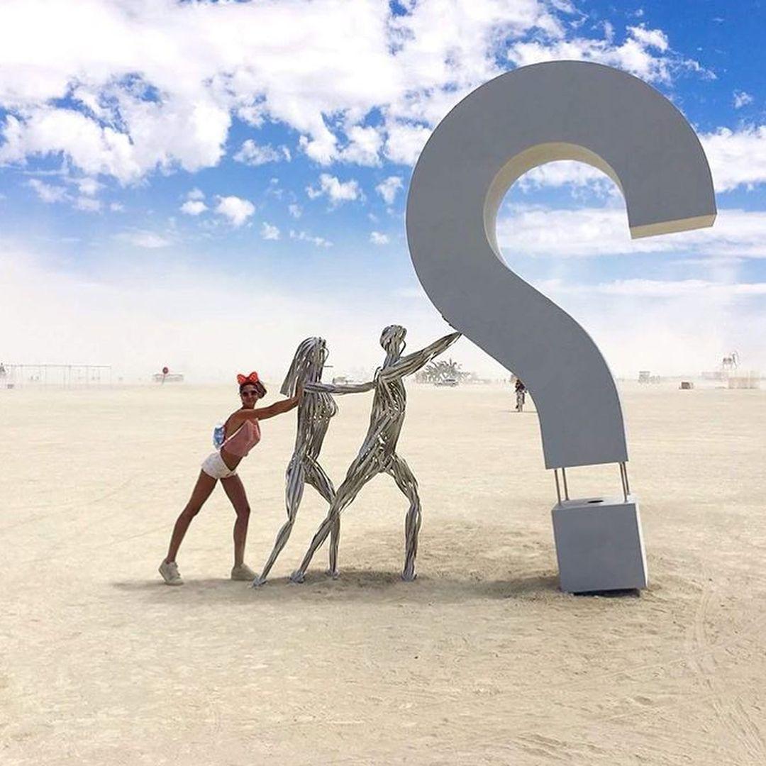 Пилюка, голі тіла та сучасне мистецтво: круті фото з фестивалю Burning Man 2017 - фото 336393