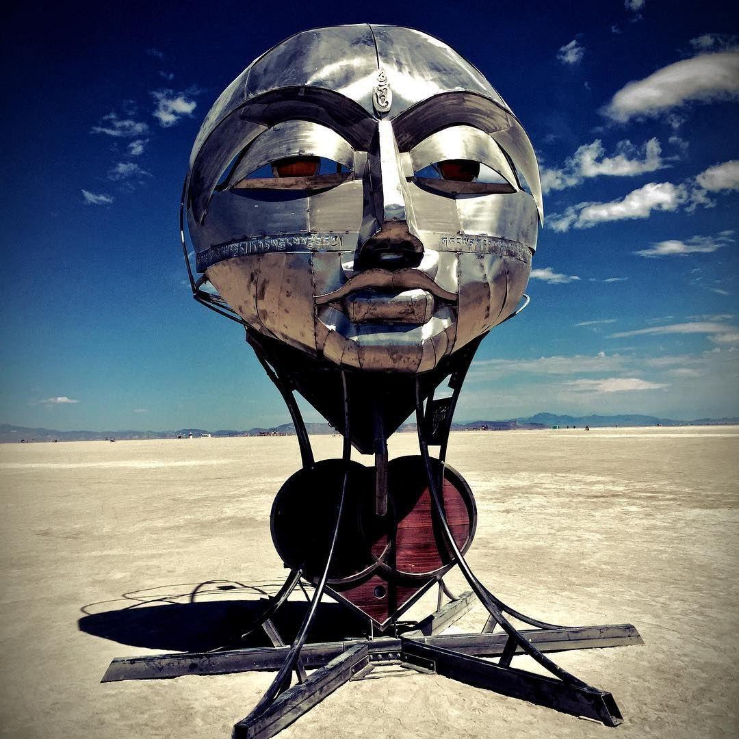 Пилюка, голі тіла та сучасне мистецтво: круті фото з фестивалю Burning Man 2017 - фото 336432