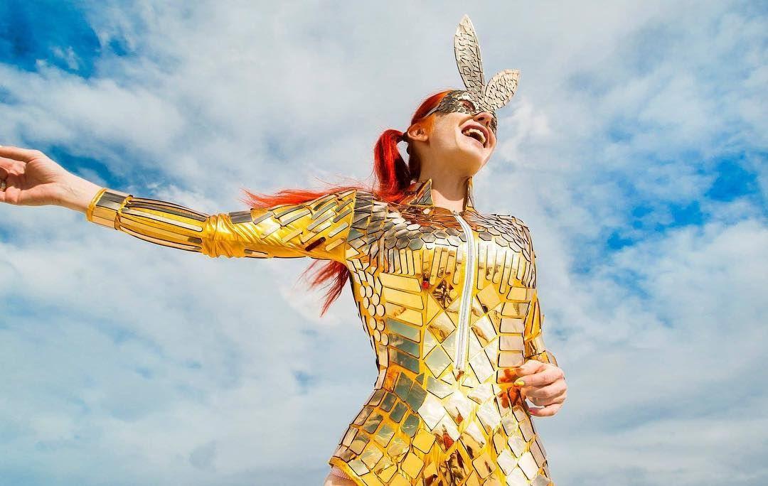 Пилюка, голі тіла та сучасне мистецтво: круті фото з фестивалю Burning Man 2017 - фото 336380