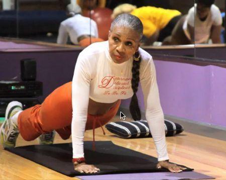 Тренування – сила: найспортивніша 80-річна бабуся у світі - фото 339032
