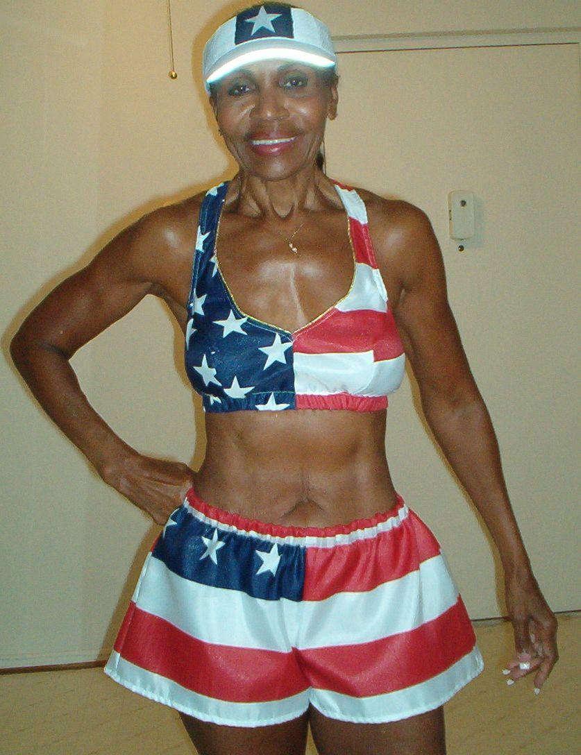 Тренування – сила: найспортивніша 80-річна бабуся у світі - фото 339037