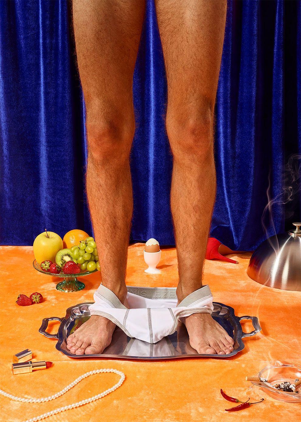 Еда на теле эротика фото, на фото что за форма груди у твоей жены