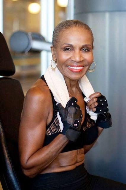Тренування – сила: найспортивніша 80-річна бабуся у світі - фото 339024