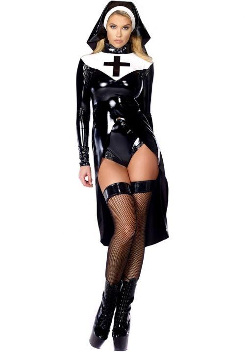 Онлайн бесплатно сексуальная монашка