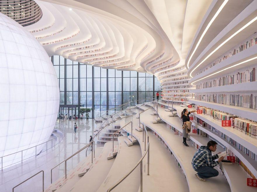 Китайцы открыли библиотеку с 1 миллионом книг и от ее вида перехватывает взгляд дыхание - фото 351011