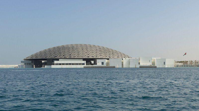 В Абу-Дабі збудували новий Лувр і він вражає своєю красою та розмірами - фото 350976