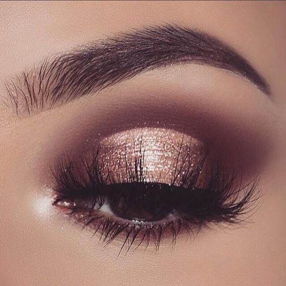 Золотой-тренд: как выглядит самый популярный новогодний макияж - фото 351078