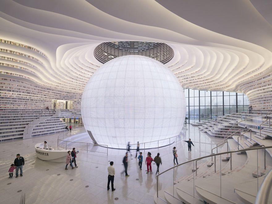 Китайцы открыли библиотеку с 1 миллионом книг и от ее вида перехватывает взгляд дыхание - фото 351009