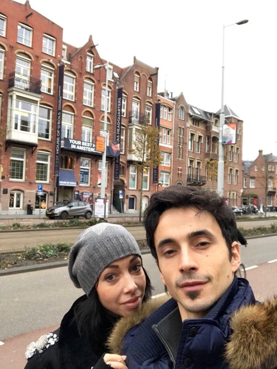 Екатерина Кухар и Александр Стоянов насладились поездкой в Амстердам - фото 357812