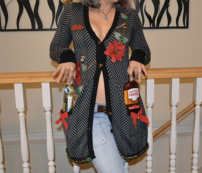 Глупые и пошлые свитера, которые сделают тебя звездой этого Рождества - фото 355166