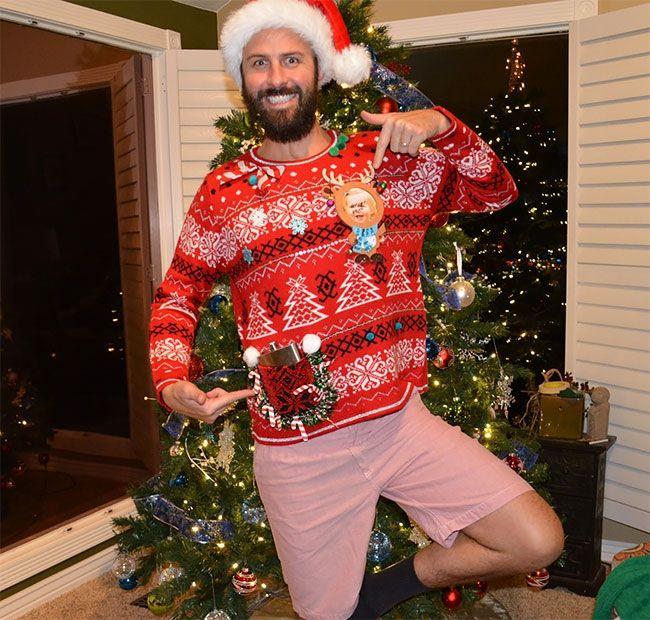 Глупые и пошлые свитера, которые сделают тебя звездой этого Рождества - фото 355176