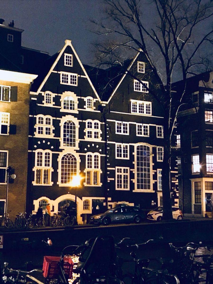 Екатерина Кухар и Александр Стоянов насладились поездкой в Амстердам - фото 357814