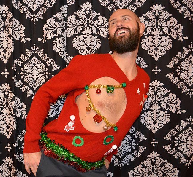 Глупые и пошлые свитера, которые сделают тебя звездой этого Рождества - фото 355173