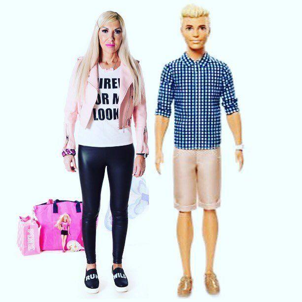 45-летняя Барби: женщина потратила все деньги, чтобы стать живой куклой - фото 365824