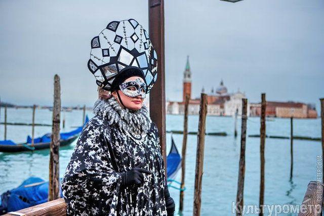 Пишаємось: одеситка увійшла у топ-10 найкрутіших нарядів Венеціанського карнавалу - фото 368206