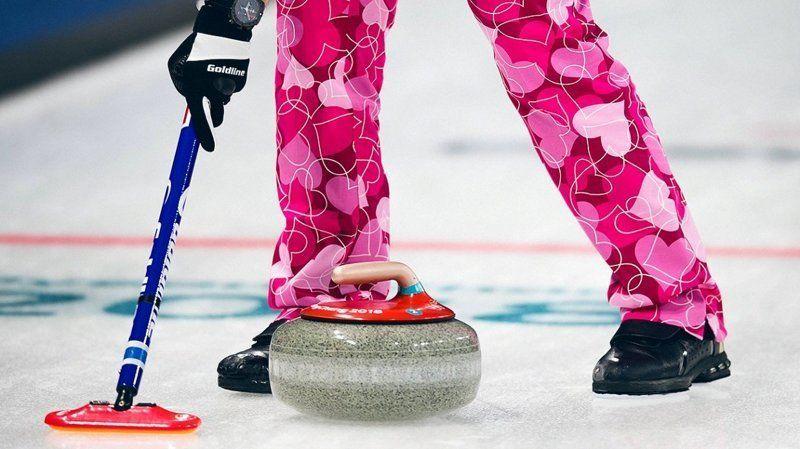 Сборная Норвегии по керлингу превратила Олимпиаду на неделю моды - фото 369613