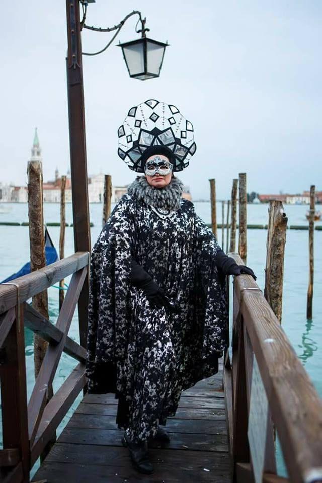 Пишаємось: одеситка увійшла у топ-10 найкрутіших нарядів Венеціанського карнавалу - фото 368207