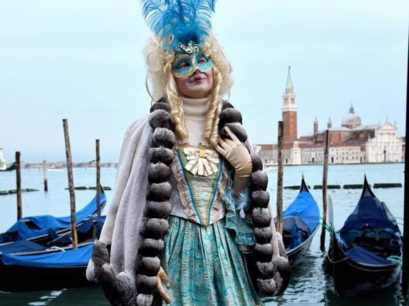 Пишаємось: одеситка увійшла у топ-10 найкрутіших нарядів Венеціанського карнавалу - фото 368205