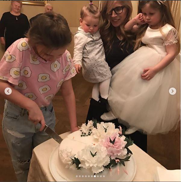 Оля Фреймут показала сімейні фото, які до цього не наважувалась опублікувати - фото 366359
