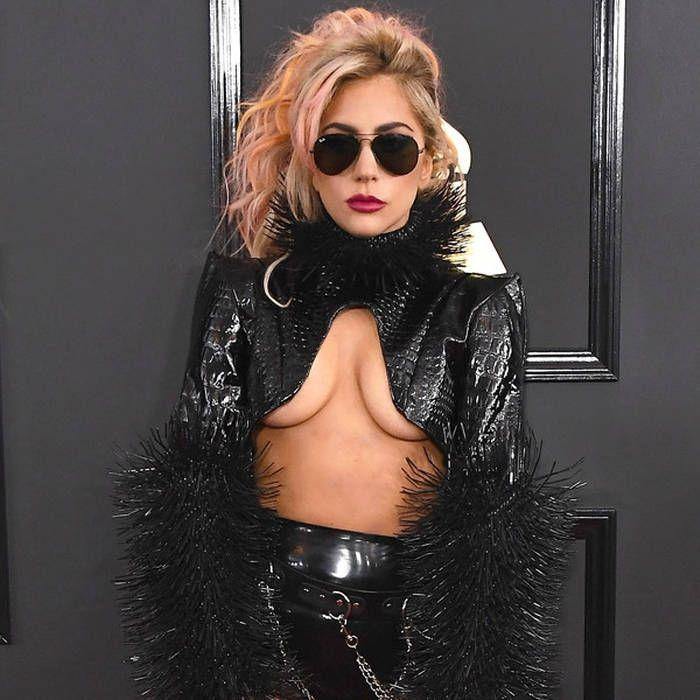 Lady Gaga -  32: найепатажніші образи співачки, за які ми її так любимо - фото 376837
