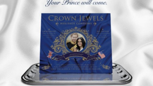 Покупка года: свадьбе Меган Маркл и принца Гарри посвятили коллекцию презервативов - фото 374142
