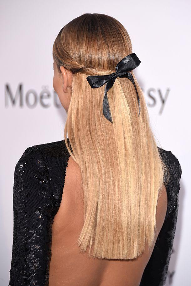 Коса может начинаться, например, от височной доли, проходить по кругу и заканчиваться на противоположной стороне головы, за ушной раковиной.
