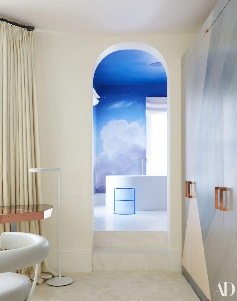 Вот это хоромы: Кара Делевинь похвасталась своими роскошными апартаментами в Лондоне - фото 381577