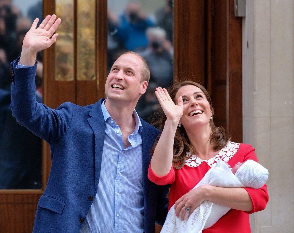 Кейт Миддлтон родила сына и впервые показала новорожденного (фото) - фото 380732