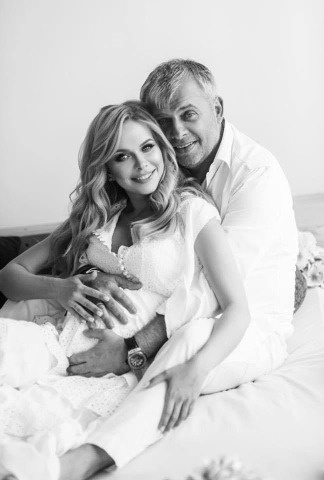 Беременная Юлия Думанская снялась в роскошной фотосессии вместе с мужем-олигархом - фото 384643