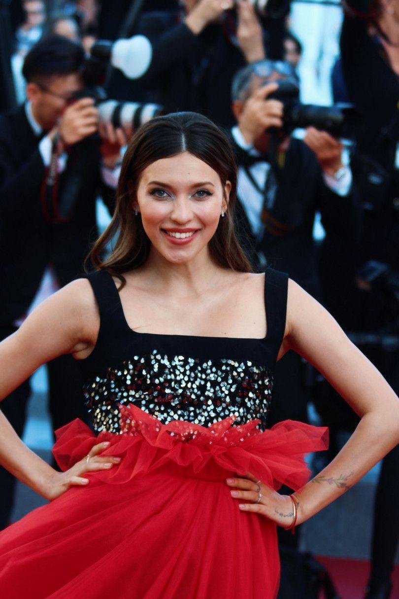 Канны 2018: Регина Тодоренко затмила голливудских звезд на красной дорожке - фото 383988