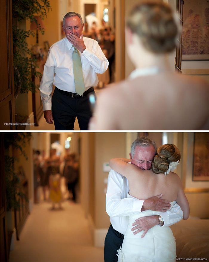 Как мило: эмоциональные фото, на которых отцы впервые видят дочерей в свадебных платьях - фото 390016