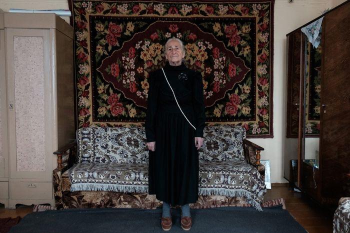Королева стиля: 91-летняя бабушка из Беларуси покорит вас своей одеждой - фото 388248
