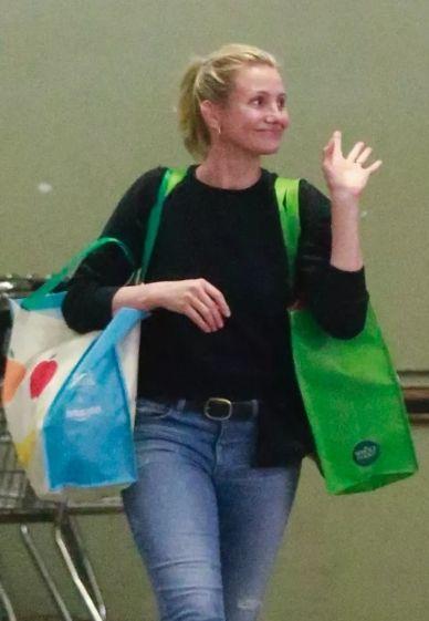 Вот так выглядит актриса Кэмерон Диас после того, как ушла из мира кино - фото 389544