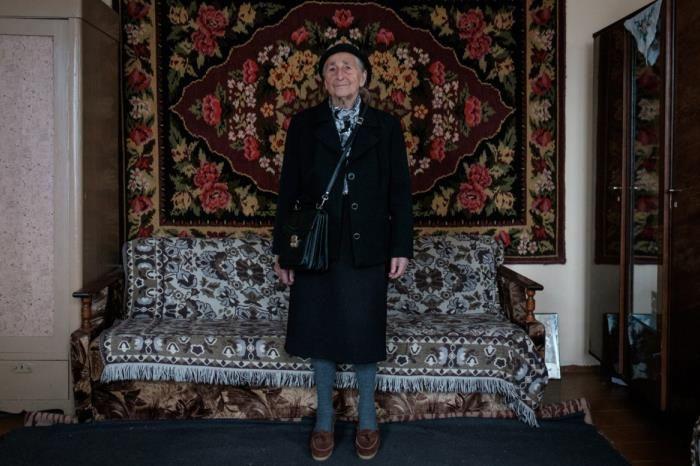 Королева стиля: 91-летняя бабушка из Беларуси покорит вас своей одеждой - фото 388244