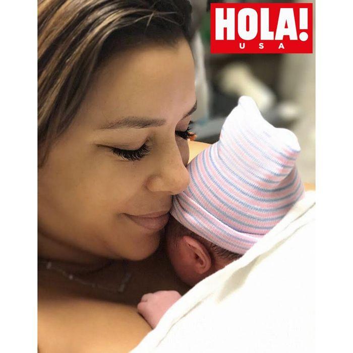 Єва Лонгорія народила сина в 43 роки - фото 389884