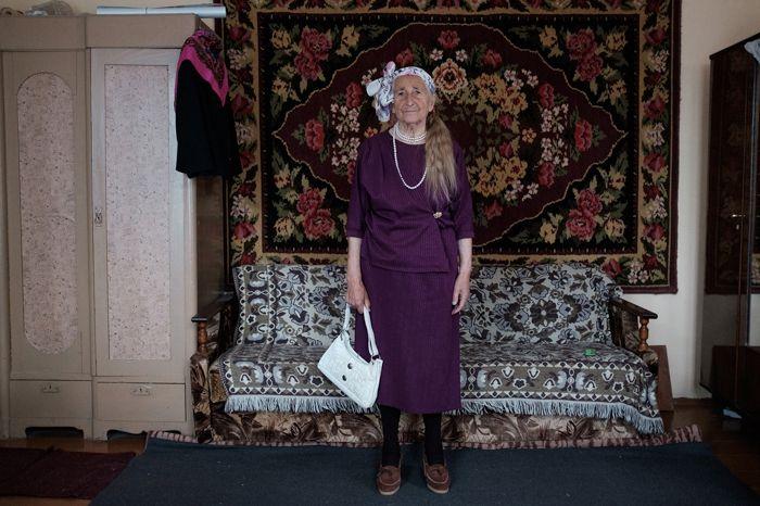 Королева стиля: 91-летняя бабушка из Беларуси покорит вас своей одеждой - фото 388251